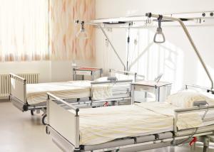 In Kliniken und Krankenhäuser können HG-Lights in Wartezimmern, Patientenzimmern, Hygienebereichen, Operationssälen und Behandlungszimmern wirksam eingesetzt werden.